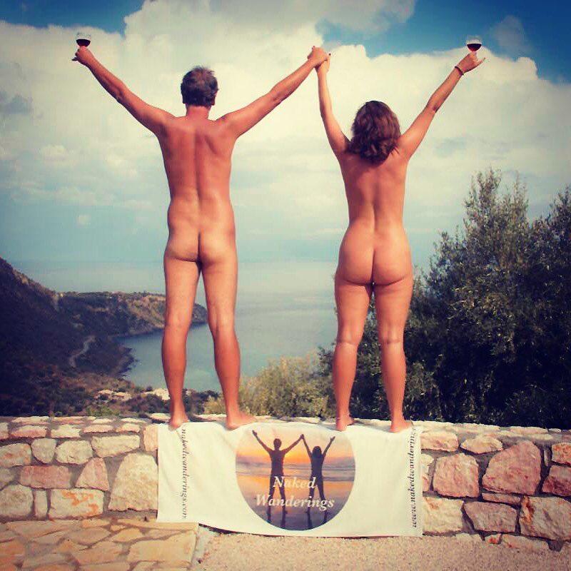 Семья нудистов посетила семь стран без одежды » Федерация ...: http://www.naturism.ru/12-fotogalereja-nudistov-naturistov-3.html